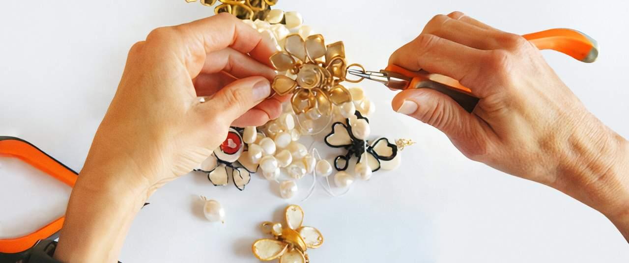 ¿Es buena idea regalar joyas hechas a mano en navidad?